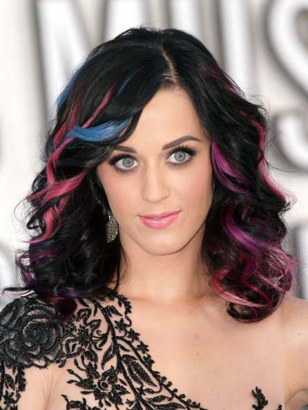 Katy Perry pink extensions