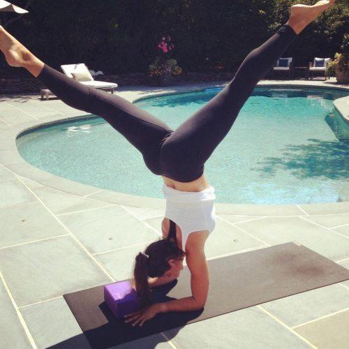 yoga pants, inverted pose